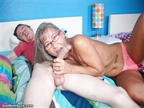 Mom porn slut